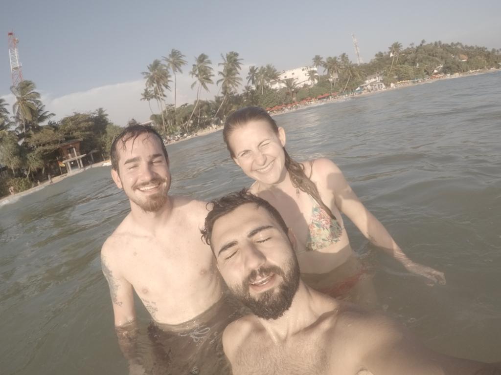 Fabian ve Caro ile birlikte / Mirissa Beach / Sri Lanka
