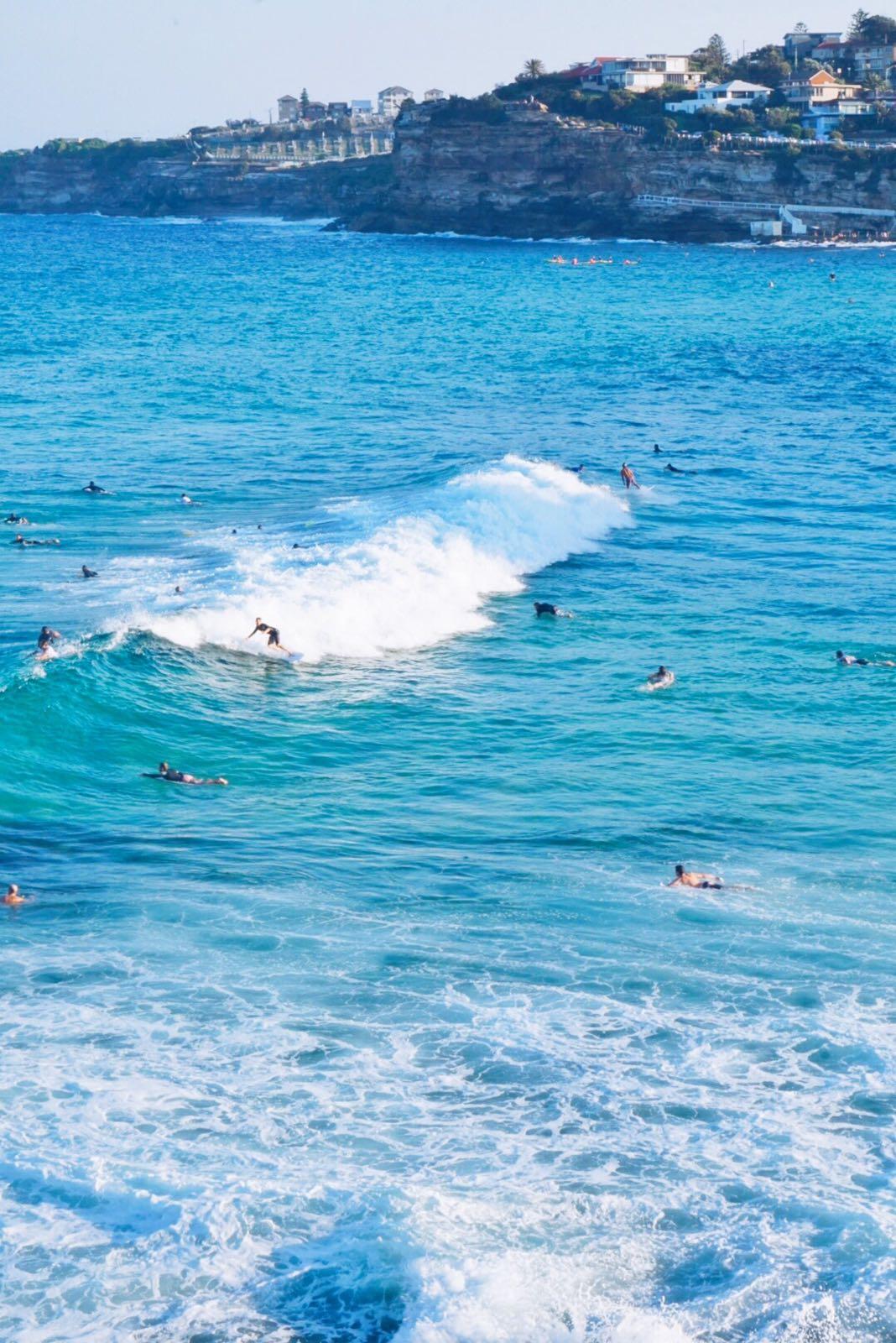 Bondi Beach sörfçüleri / Sydney / Australia